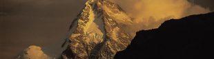 K2 por su vertiente China  (© Darío Rodríguez/DESNIVEL)