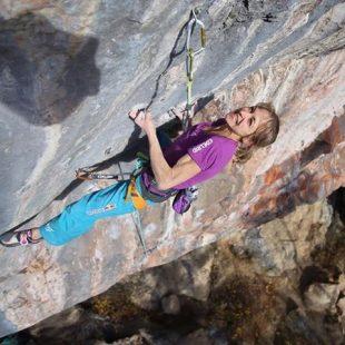 Angela Eiter en Big hammer 9a de Pinswang (Austria)  (Bernie Ruech)