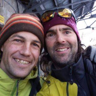 """David Palmada """"Pelut"""" y Josep María Esquirol durante la apertura de """"Abdruits"""" en la oeste del Petit Dru (Febrero 2015)  ()"""