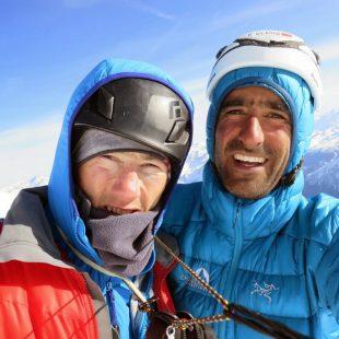 Korra Pesce y Martín Elías en la cima de las Grandes Jorasses  (Col. M. Elías)