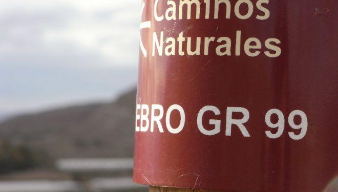 Señalización del Camino Natural por el Baix Ebre.  (Dioni Serrano)