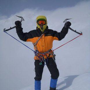 Nikita Balabanov en la cima del Talung  (Col. N. Balabanov)