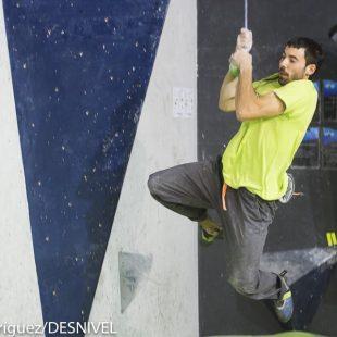 Cristian Gutiérrez vencedor de The Climb Open Boulder Festival 2016  (Darío Rodríguez / Desnivelpress)