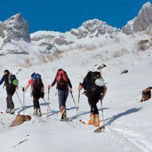 Esquiando hacia Pico Ubiñas  (Antonio Rodríguez)