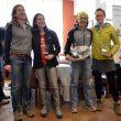 Dos primeros equipos femeninos. A la derecha las ganadoras: Uxue Fraile y Lide Leibar.  (© Santi Yañiz)