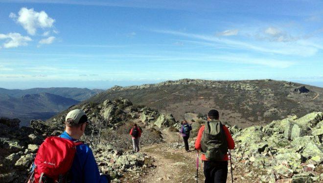Inicio de la bajada del Rocigalgo a las Becerras por Sierra Fría  (Diego Gallardo)