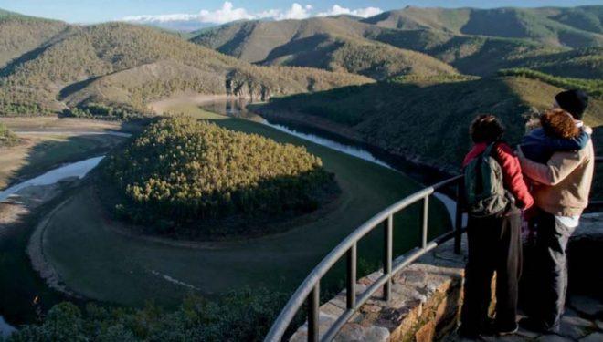 Panorámica del meandro del río Alagón en Riomalo de Bajo