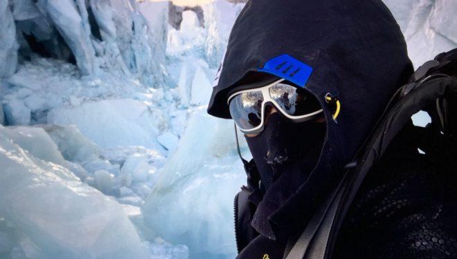Alex Txikon durante la aclimatación para ascender el Everest en invierno y sin oxígeno.  (©Alex Txikon)