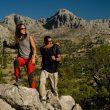 Dos excursionistas recorriendo la Gran Senda de Málaga  (Grandes Espacios)