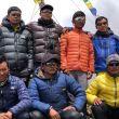 El equipo de sherpas que acompaña a Carlos Soria. 2018