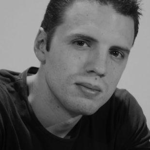 Jorge M. Mier ganador Premio Desnivel de Literatura 2018 con la novela 8.848. Clama Everest