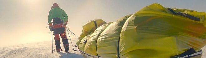 Colin O'Brady durante su travesía antártica