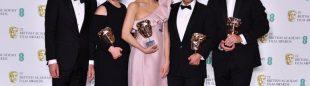 El equipo de 'Free Solo', premiado en los Bafta: Alex Honnold, Shannon Dill (productora), Elizabeth Chai Vasarhelyi (codirectora), Jimmy Chin (codirector) y Eva Hayes (productor)