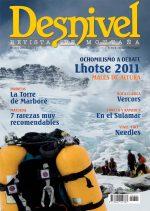 Portada de la revista Desnivel nº301 (julio 2011) en ALTA  ()