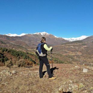 Desde la Ruta 3 Valls se divisan las grandes atalayas del Pirineo