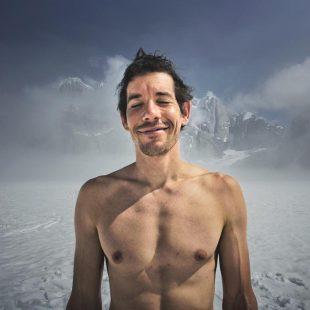 Alex Honnold en su aventura alpina en  el Mooses Tooth